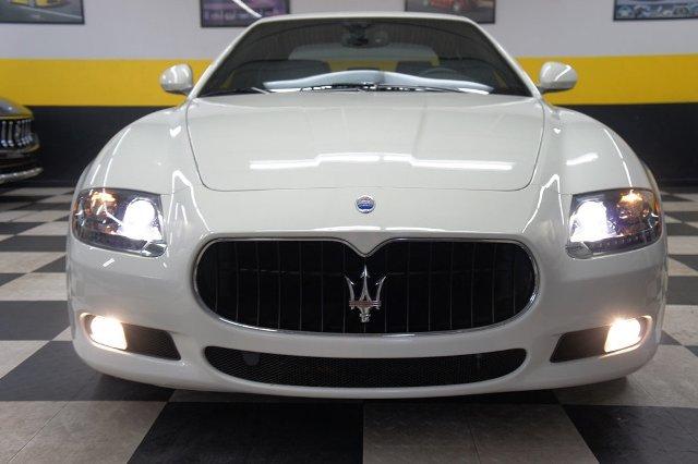 2012 Maserati Quattroporteの写真